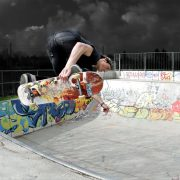 Matteo im Skatepark - ROHHOLZ skateboards