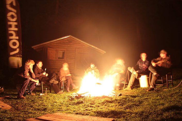 Chill Out am Lagerfeuer - Plant Trees 2016 - Rohholz Baumpflanzaktion