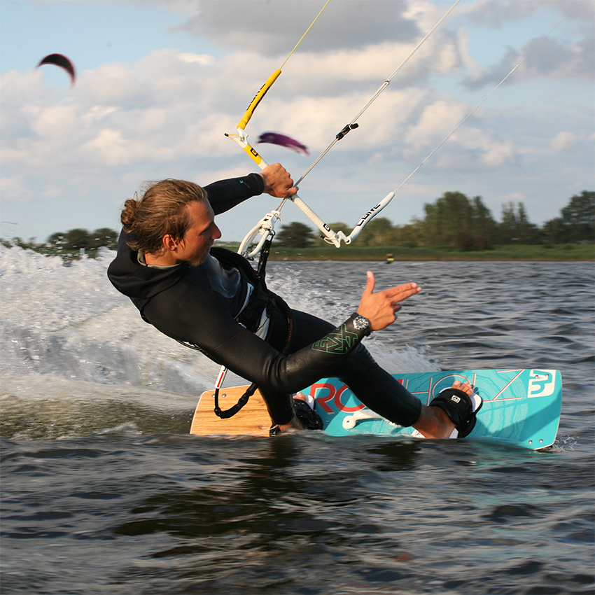 Rohholz Kiteboards, Unit Pads, Grabhandle, Fins