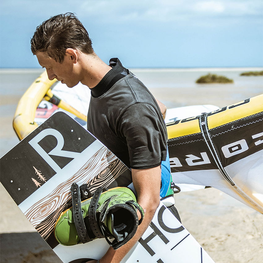 Rohholz R-type Kiteboard - Core GTS Kite